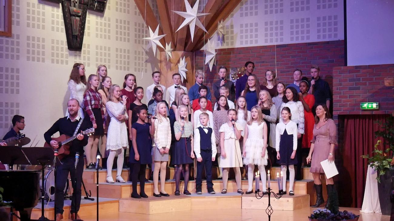 Skien Soul Children synger julen inn.