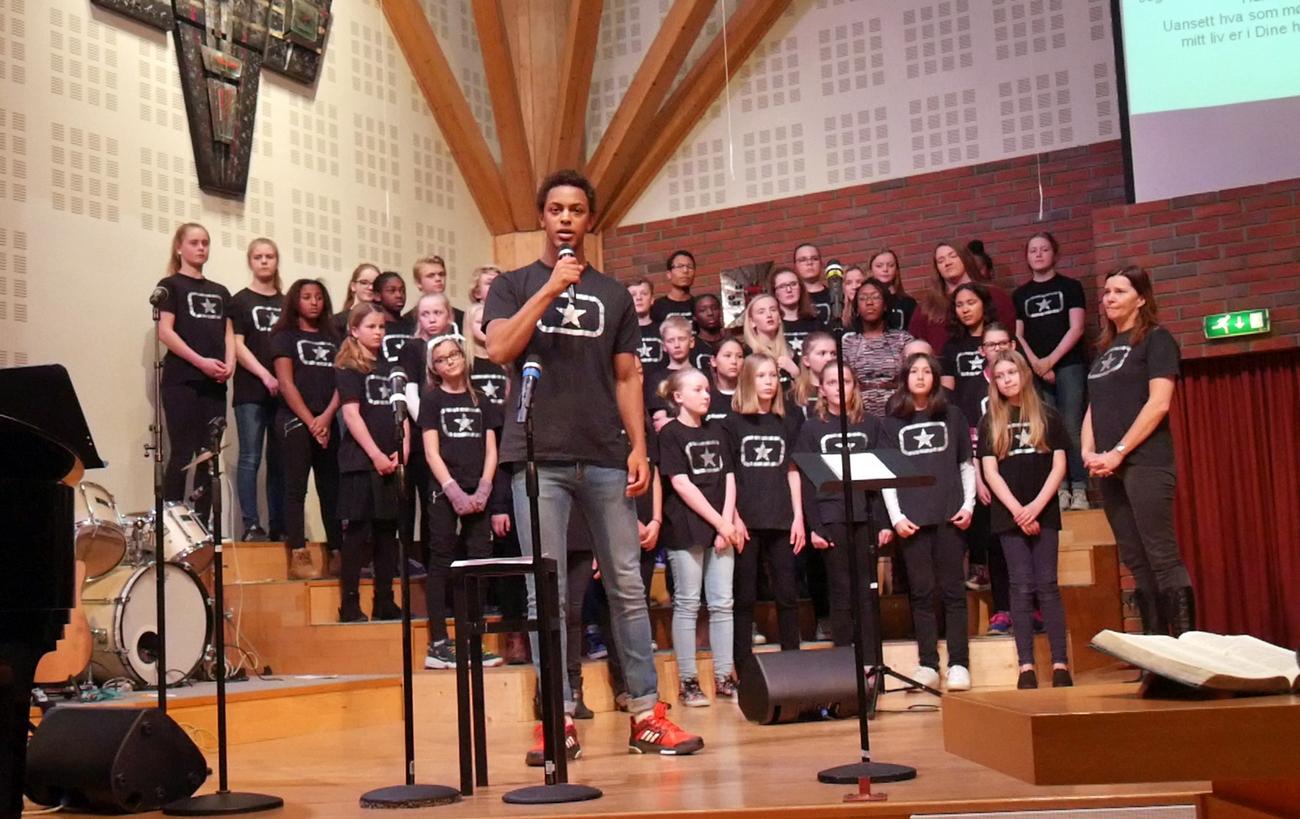 Skien Soul Children med Andreas som vokalist.