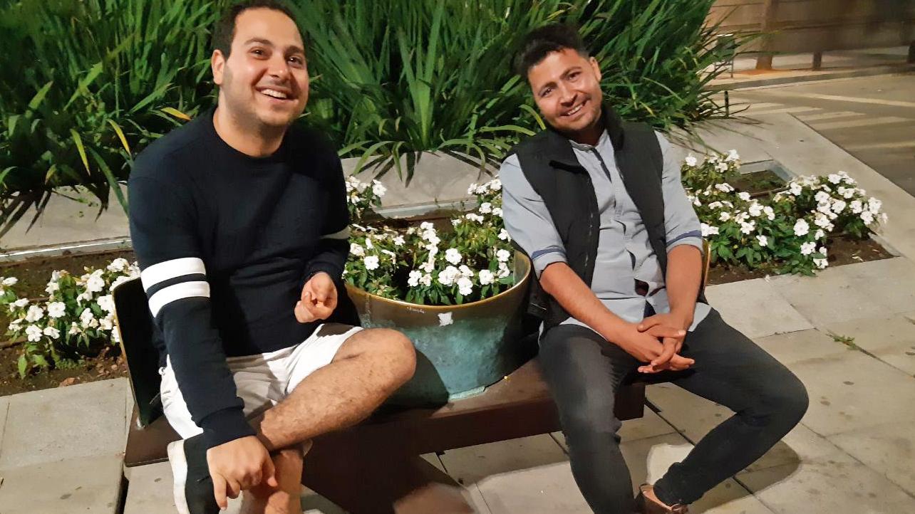 Bjørg Hjort og Ali Fouladivanda var på besøk hos Amin'